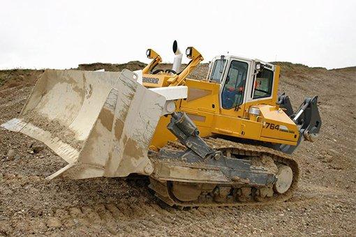 Арендовать болотный бульдозер Liebherr PR 764 на стройку